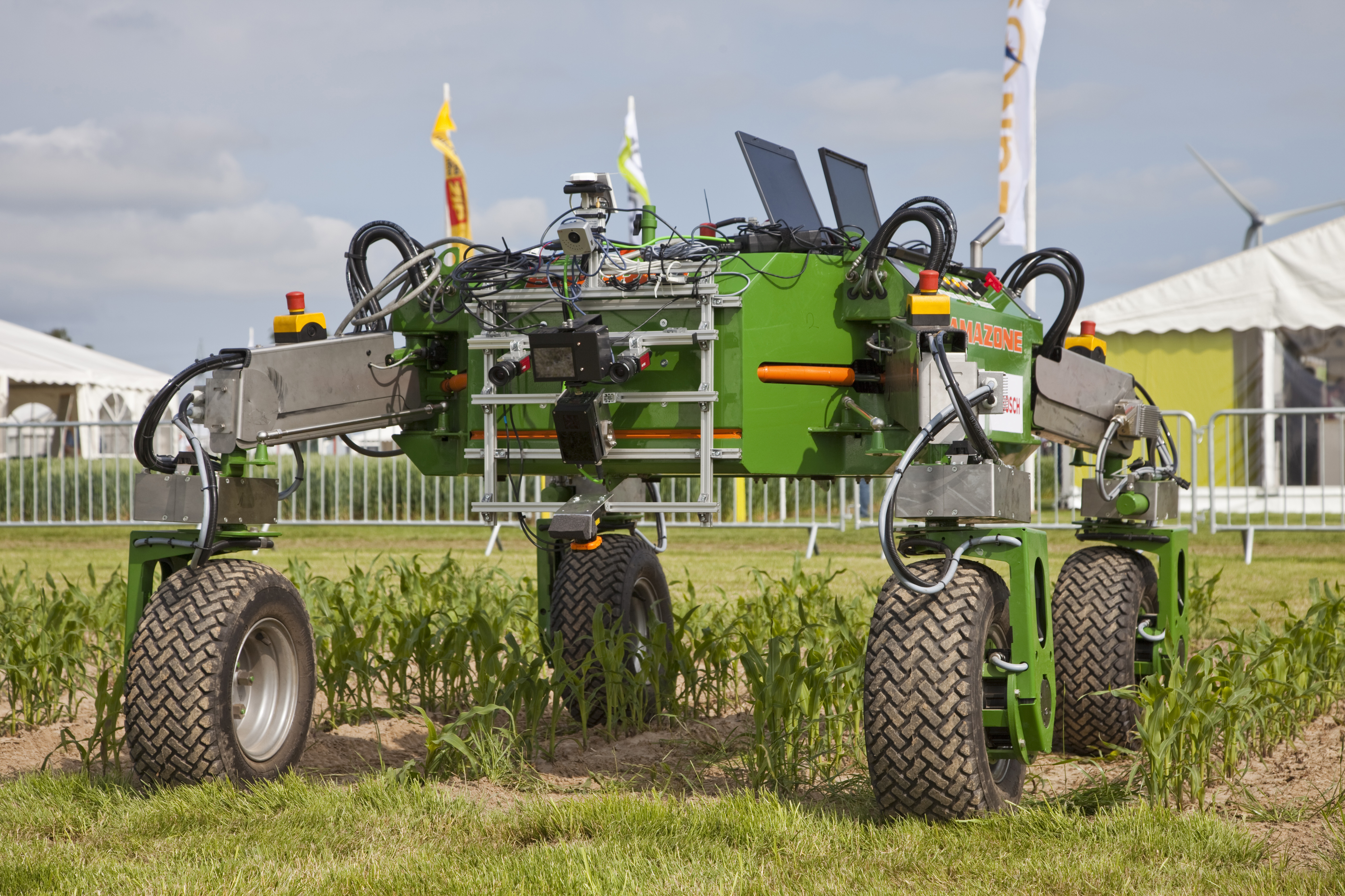 5 Agro Bots That Will Change Farming And The Agriculture