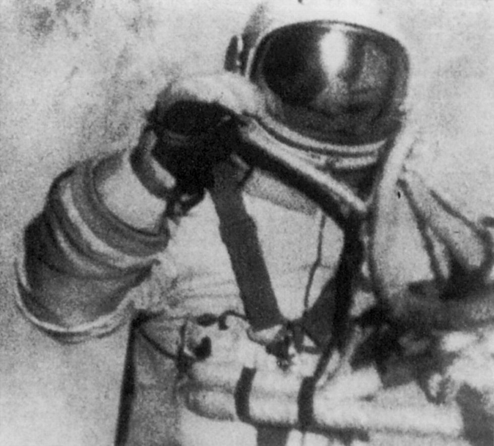 13 Historic Spacewalking Moments: 50 Years of Braving the Void