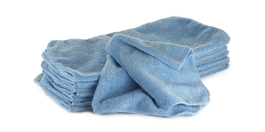 "An old rag just won't cut it if you're looking for an efficient home wash. Instead, pick up a quality microfiber towel for the job. This is where the cup (that's right, just a cup) of water comes in. ""When you take a wet microfiber towel, instead of scrubbing now you're just lifting off loose dirt."" According to Van Happen, the quality of towel is key to getting the job done right. ""It's important to use a microfiber towel that has a good pile height or a good thickness,"" he says. ""A lot of the cheap microfiber towels are very thin and there's nowhere for the dirt to fit in. That's one of the tricks: with a thicker microfiber towel, the dirt fits in the towel as opposed to above it and that's how you're not scratching the car.""<br /><br />"