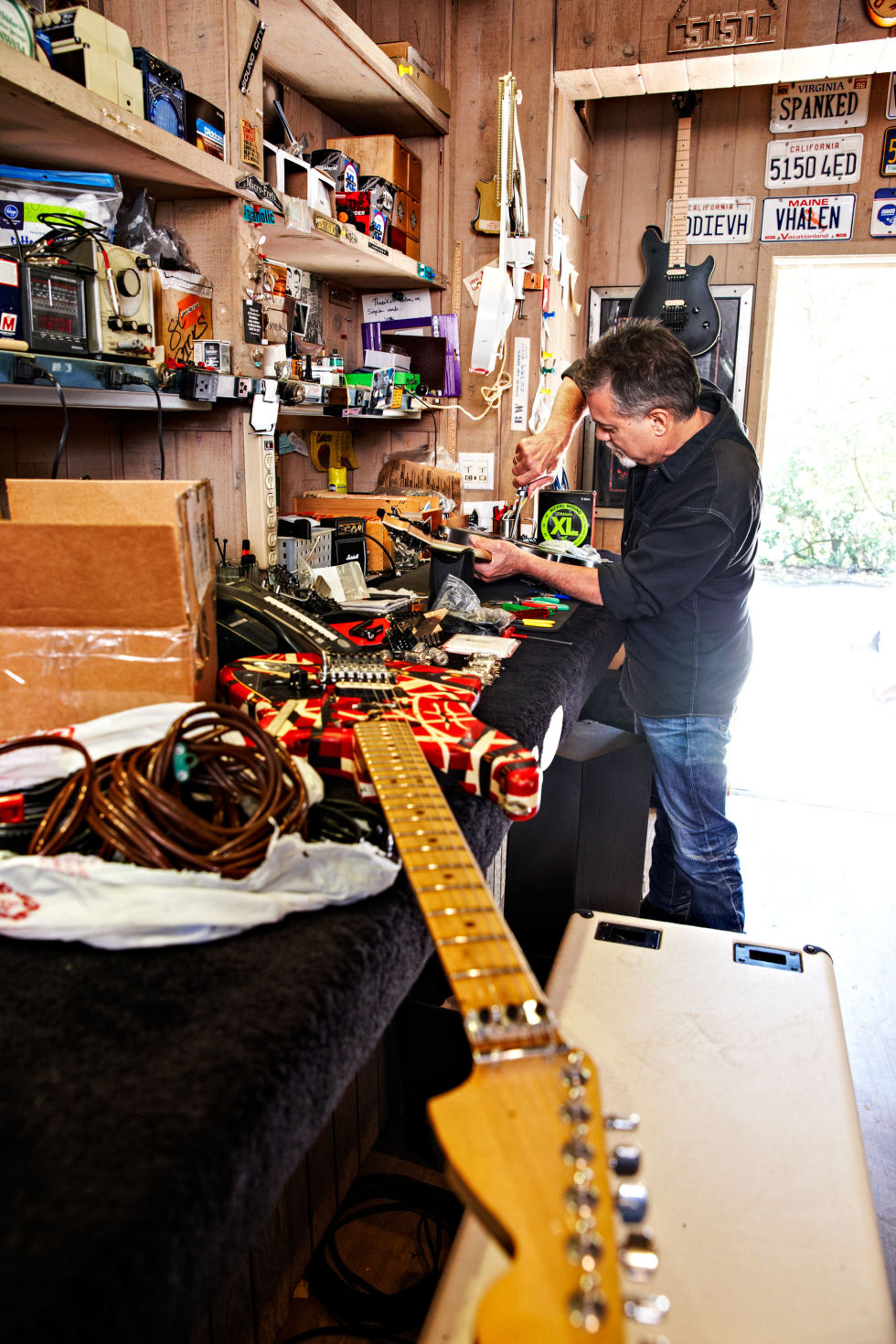 evh talks about his old approach to gear metropoulos forum image