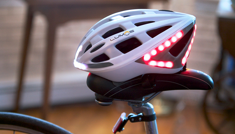 The Bike Helmet With Its Own Brake Lights and Turn Signals