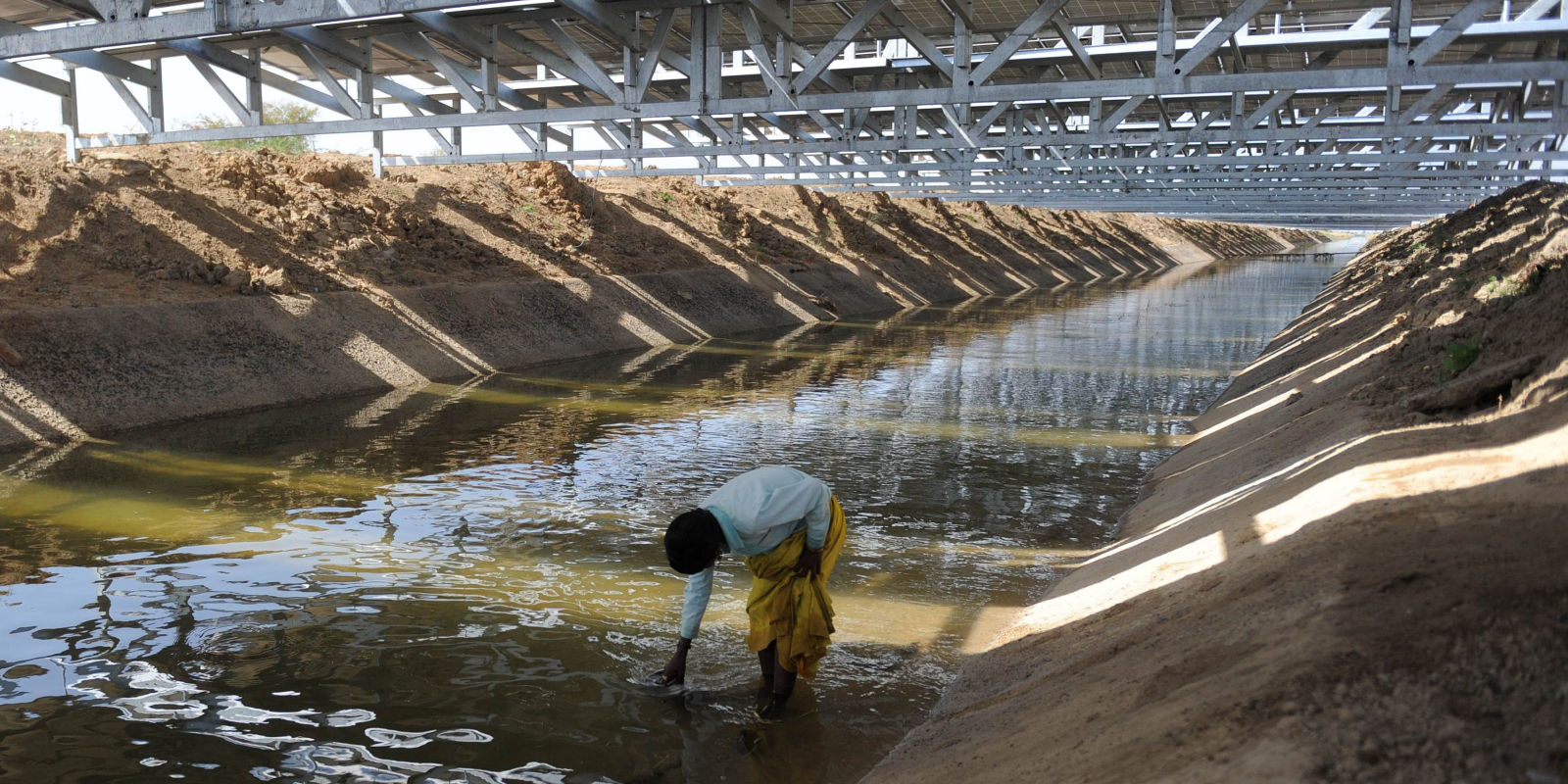 India S Ingenious Solar Canals