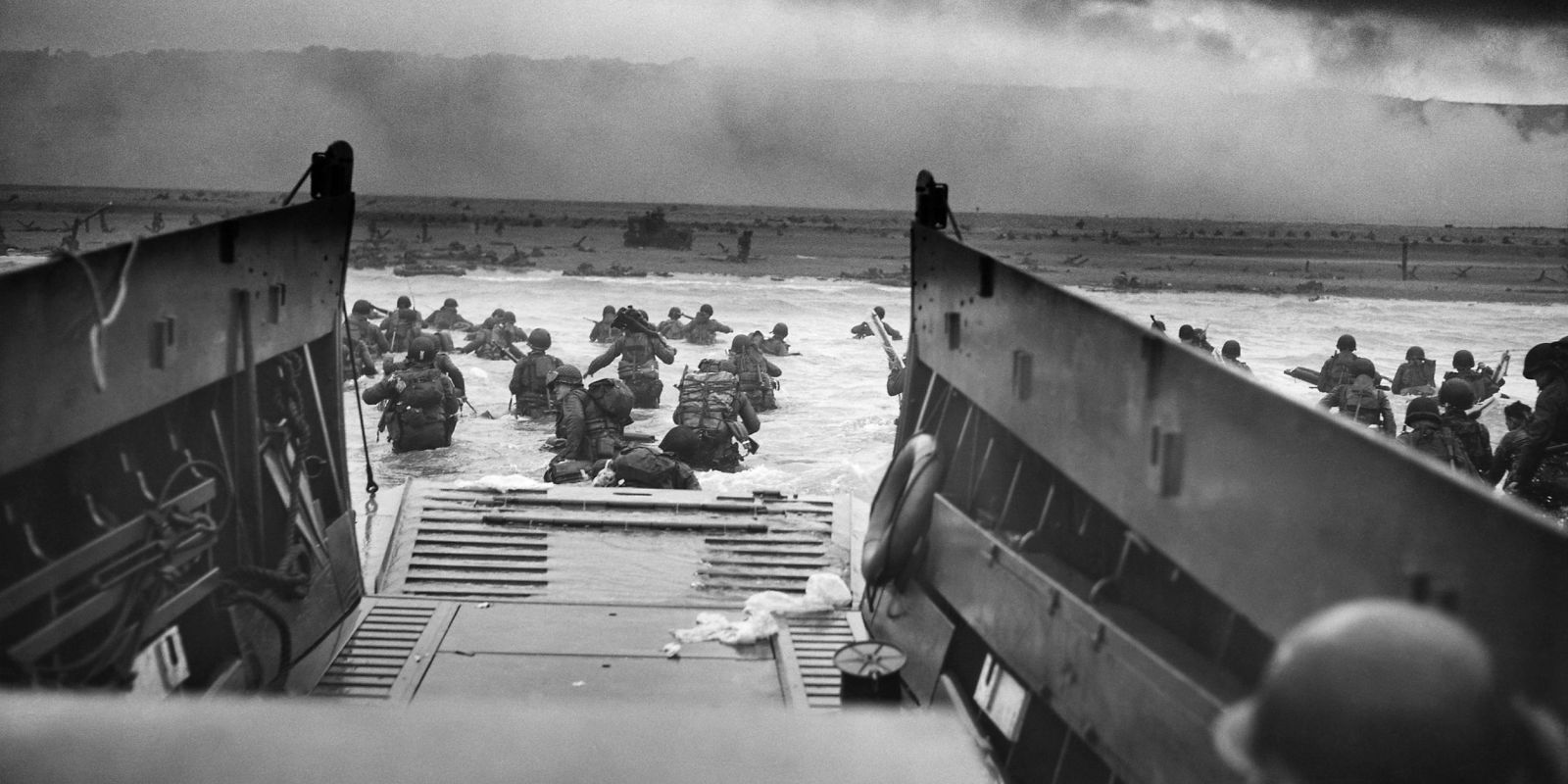a review of the invasion of normandy operation overlord ~ operations neptune & overlord ~ the d-day landings operation neptune, the largest amphibious invasion force in history, was the seaborne phase of operation overlord.