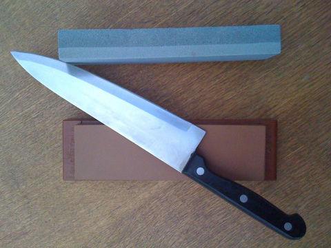 The Best Way To Sharpen Kitchen Knives Popular Mechanics