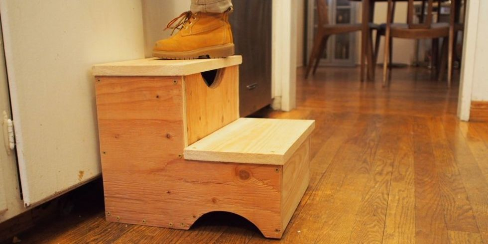 Every child needs a step stool and this one has a bonus storage area for them to keep their prized possessions hidden away. & How to Build a Storage Step Stool for Kids islam-shia.org