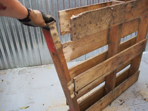 how to take apart a pallet jack