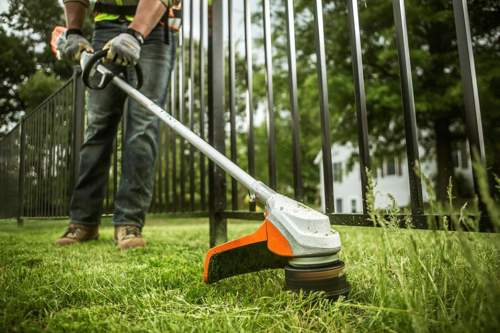 Stihlu0027s FSA 90 R Weed Trimmer Uses A 36 Volt Lithium Ion Battery To