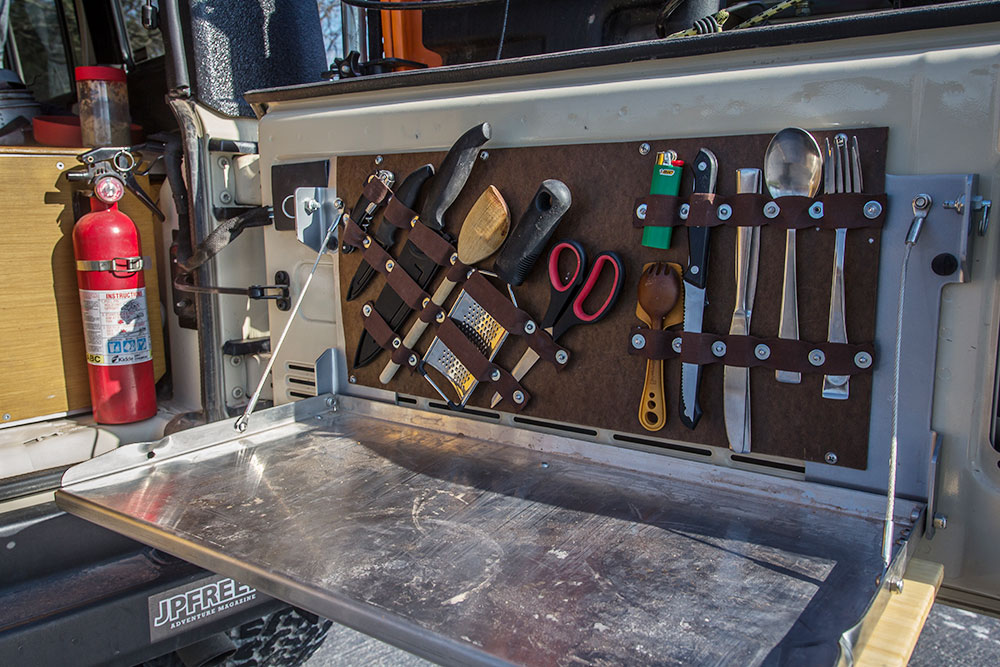Build This Diy Tailgate Table And Utensil Holder For Your