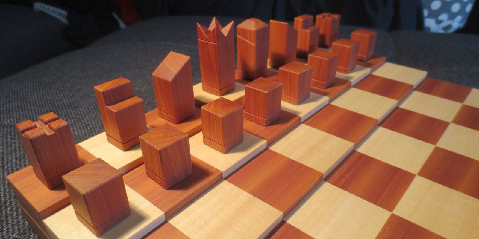 How to make a simple yet sophisticated chess set - Simple chess set ...