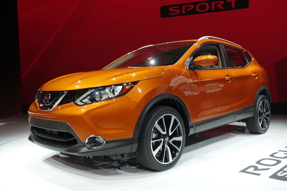 2017 Nissan Rogue Sport & 16 Best Cars of the 2017 Detroit Auto Show - North American ... markmcfarlin.com