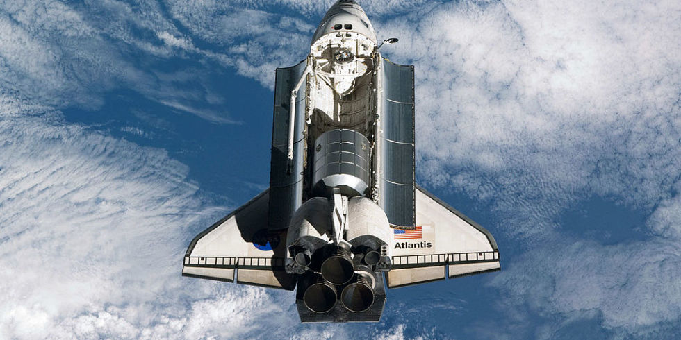 how much does space shuttle atlantis weigh - photo #42