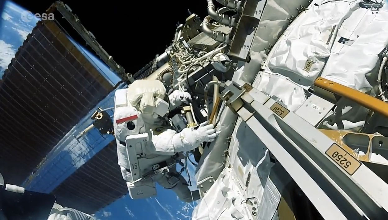 an astronaut goes out for a space walk - photo #39