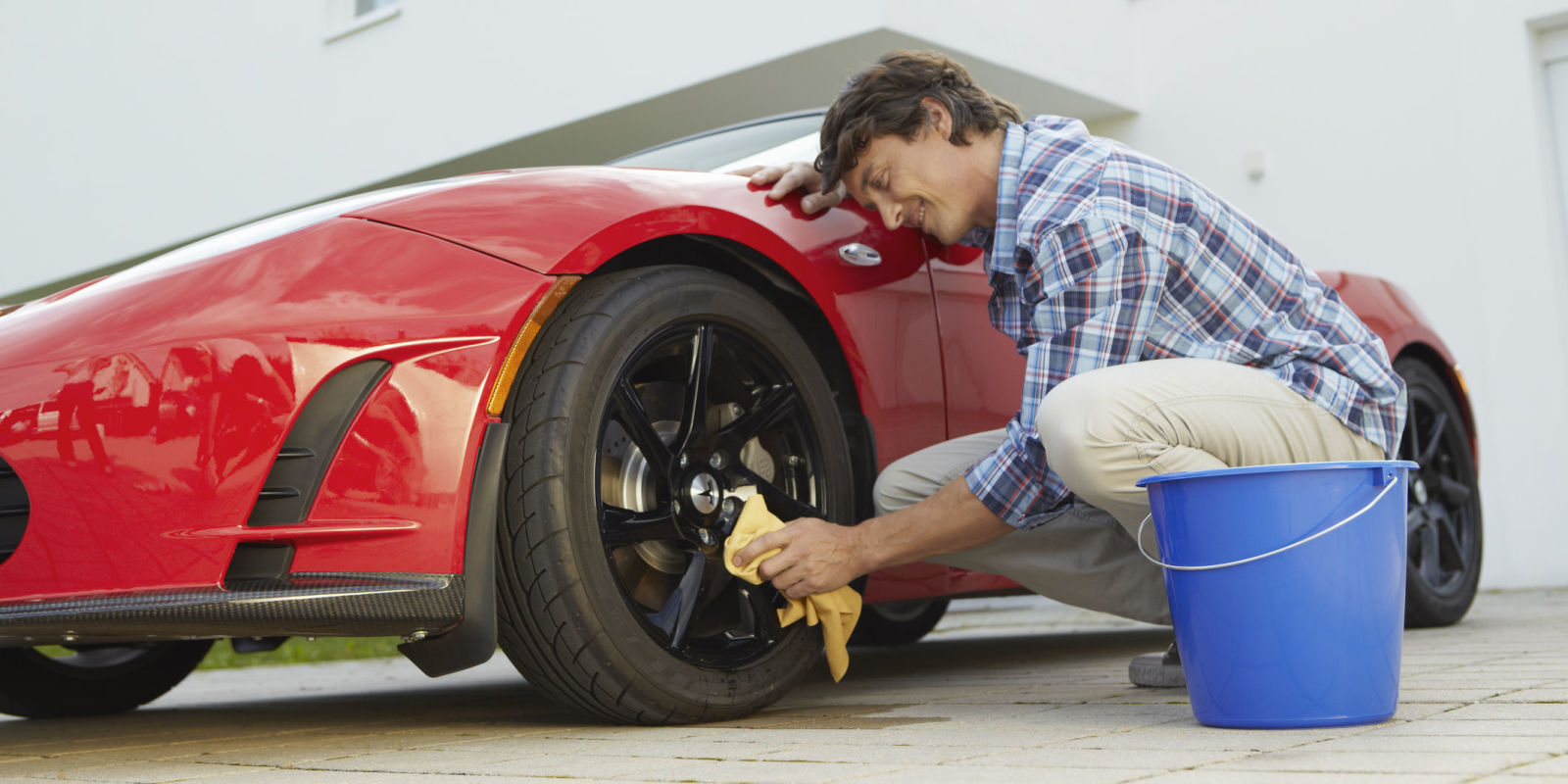 How to wash your car like a pro How to keep your car exterior clean