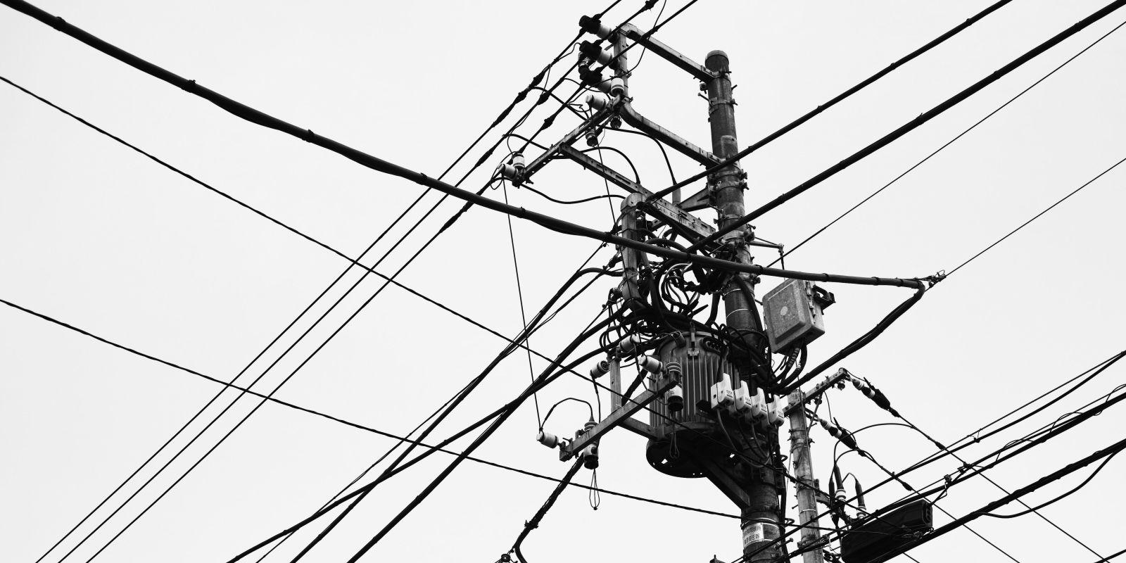 tokyo u0026 39 s  7 billion quest to get rid of utility poles asap