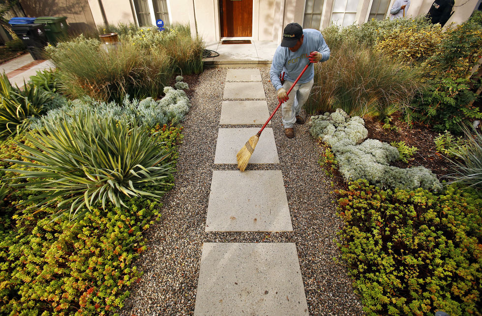 Landscaping Ideas To Transform Your Yard In Spring