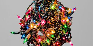 How to Fix Christmas Lights - Hanging Lights This Christmas