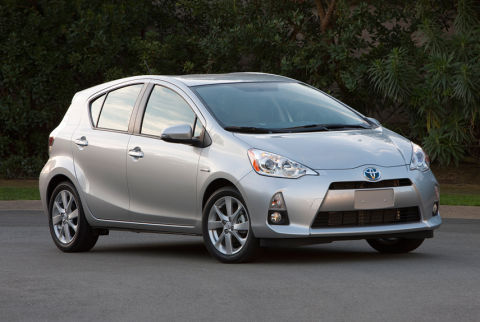 2012 toyota prius c test drive. Black Bedroom Furniture Sets. Home Design Ideas