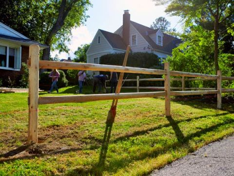 how to build a simple fence