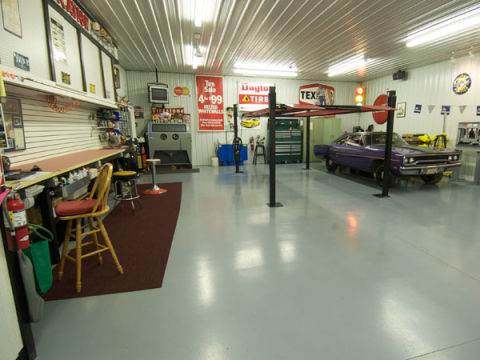 10 ingenious ideas to keep your garage organized for Home mechanic garage layout ideas