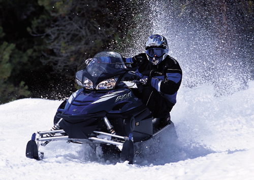 the newest 4 stroke snowmobiles are quieter cleaner and fast. Black Bedroom Furniture Sets. Home Design Ideas