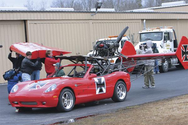 Jesse James Builds A Flying Car On Monster Garage