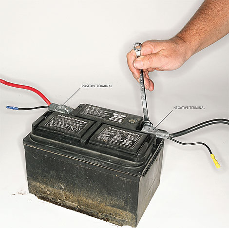 how to tell positive on car battery