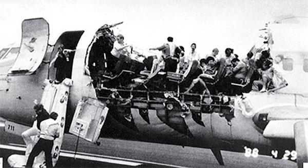 Aloha flight 243