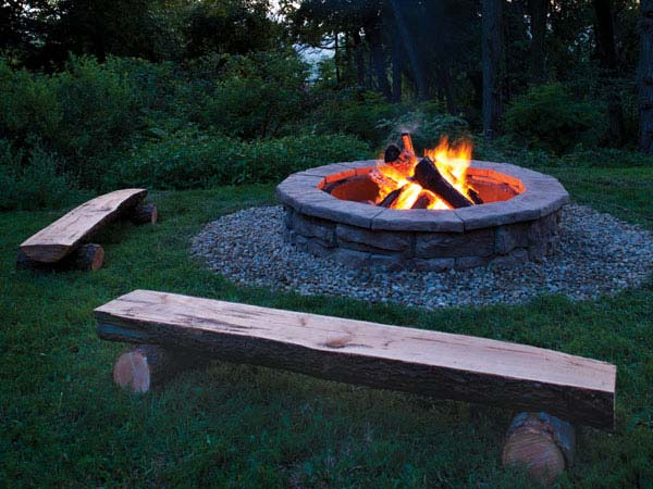 notching the base logs - Outdoor Fire Pit Design Ideas
