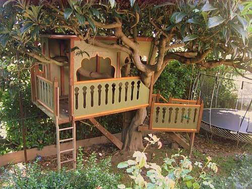 10 best treehouse plans and designs coolest tree houses ever for Tree house ideas plans