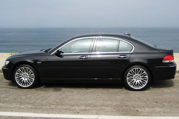 2008 bmw 745d diesel test drive big luxury thrust with 25 mpg. Black Bedroom Furniture Sets. Home Design Ideas