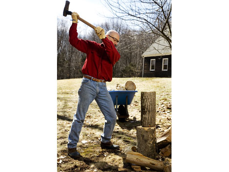 how to split wood with a maul 1