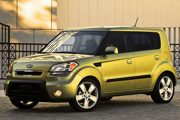 2010 kia soul sport test drive a 30 mpg scion competitor. Black Bedroom Furniture Sets. Home Design Ideas