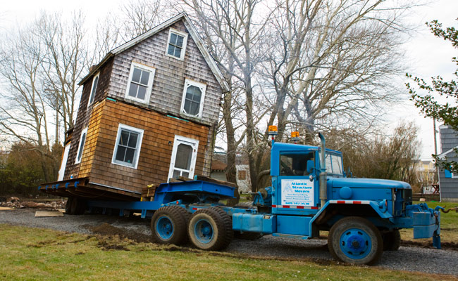 How to move a 120 year old house for How to move a building