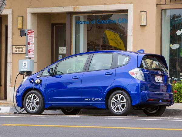 2013 Honda Fit EV Test Drive