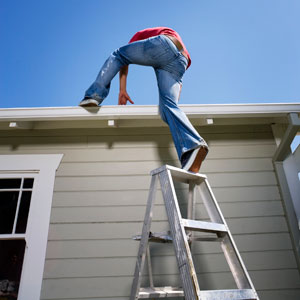 Don T Be An Idiot How To Use Any Kind Of Ladder Safely