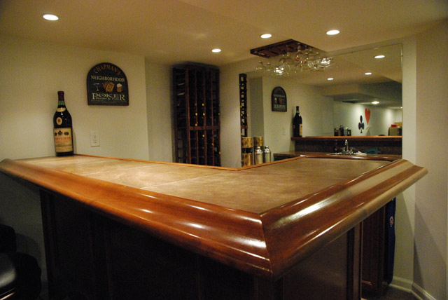 4 Tips For Building Your Own Bar