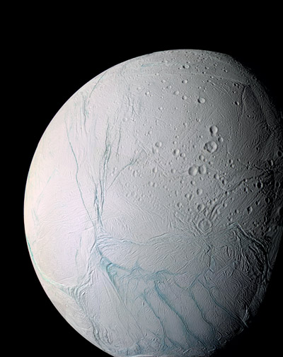 Saturn's Moon Enceladus Has an Ocean, And It Could Be ...