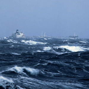 How Ships Survive A Hurricane At Sea