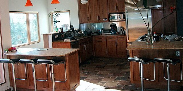 5 Ways to Keep Kitchen-Remodeling Costs Down