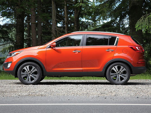 2011 kia sportage test drive photo gallery. Black Bedroom Furniture Sets. Home Design Ideas