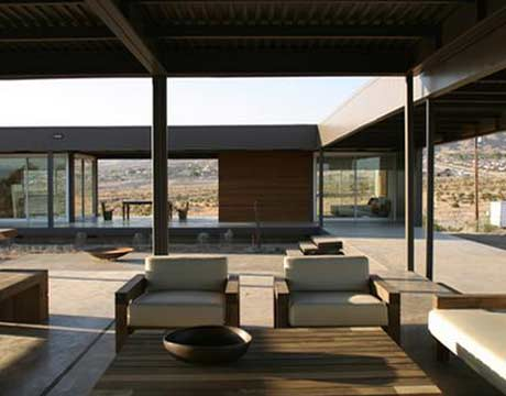 Interior Shot Of Modern Desert House Prototype By Marmol Radziner Architects Prefab Green Home