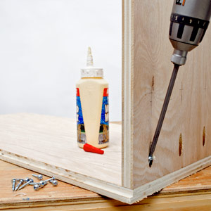 Wood Cabinet Plans - How to Build a Rolling Wood Cabinet