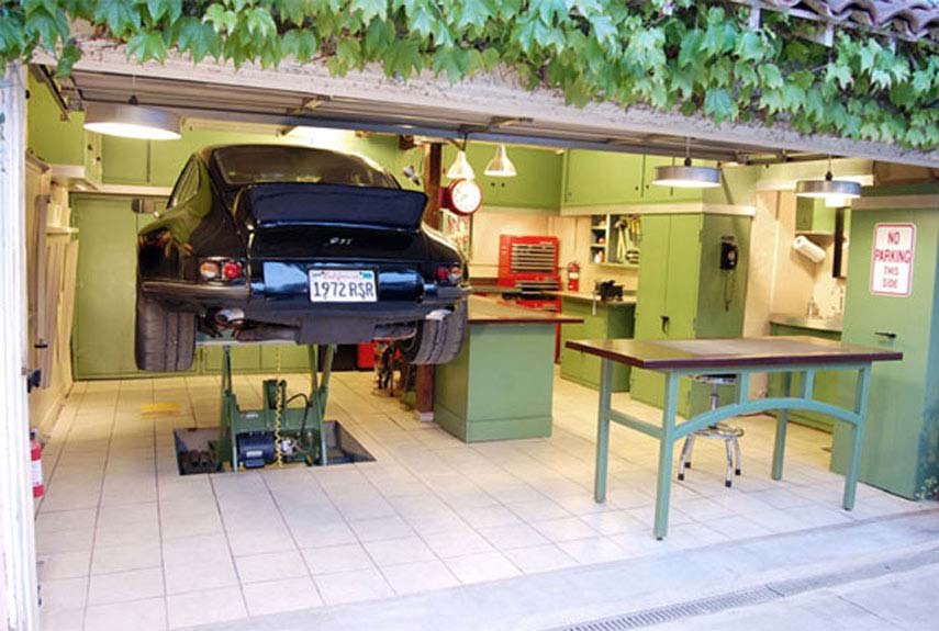 Mechanic Man Cave Ideas : The most extreme man caves best