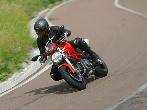 ducati monster 796 specs - review and test drive of 2011 ducati