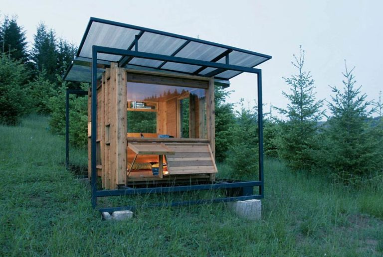 Small green homes small eco houses for Small sustainable homes
