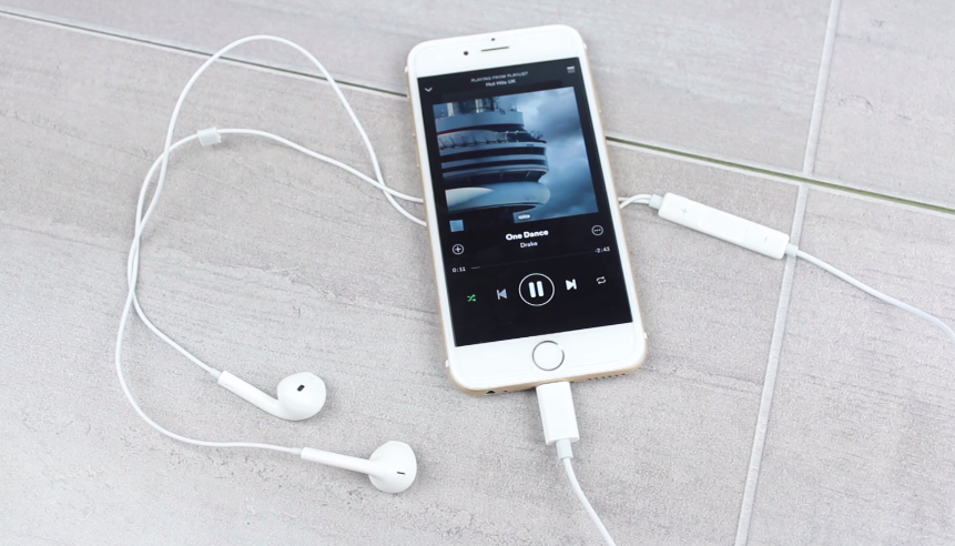 These Could Be the New Headphones That Come With Your Next